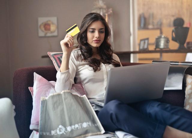Spar penge på Huttelihut og andre mærker online